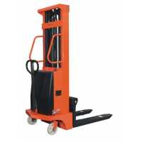 Semi-electric stacker 1.5 tons BTD15